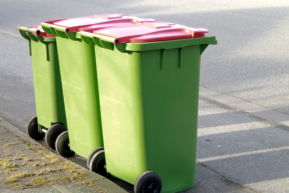 śmieci-odpady-kosze-4